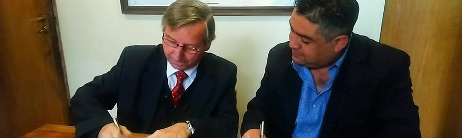 convenio Editorial Universitaria radio U chile